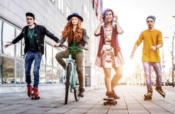 Тренды подростковой одежды 2021